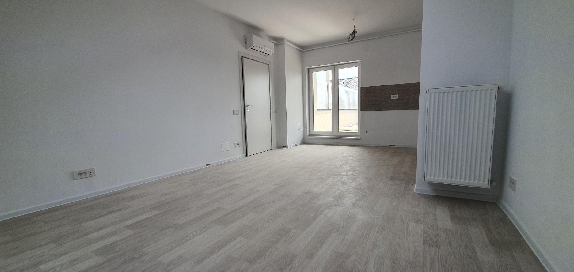 Bloc 2 - Mansarda - Apartament 16 - Living
