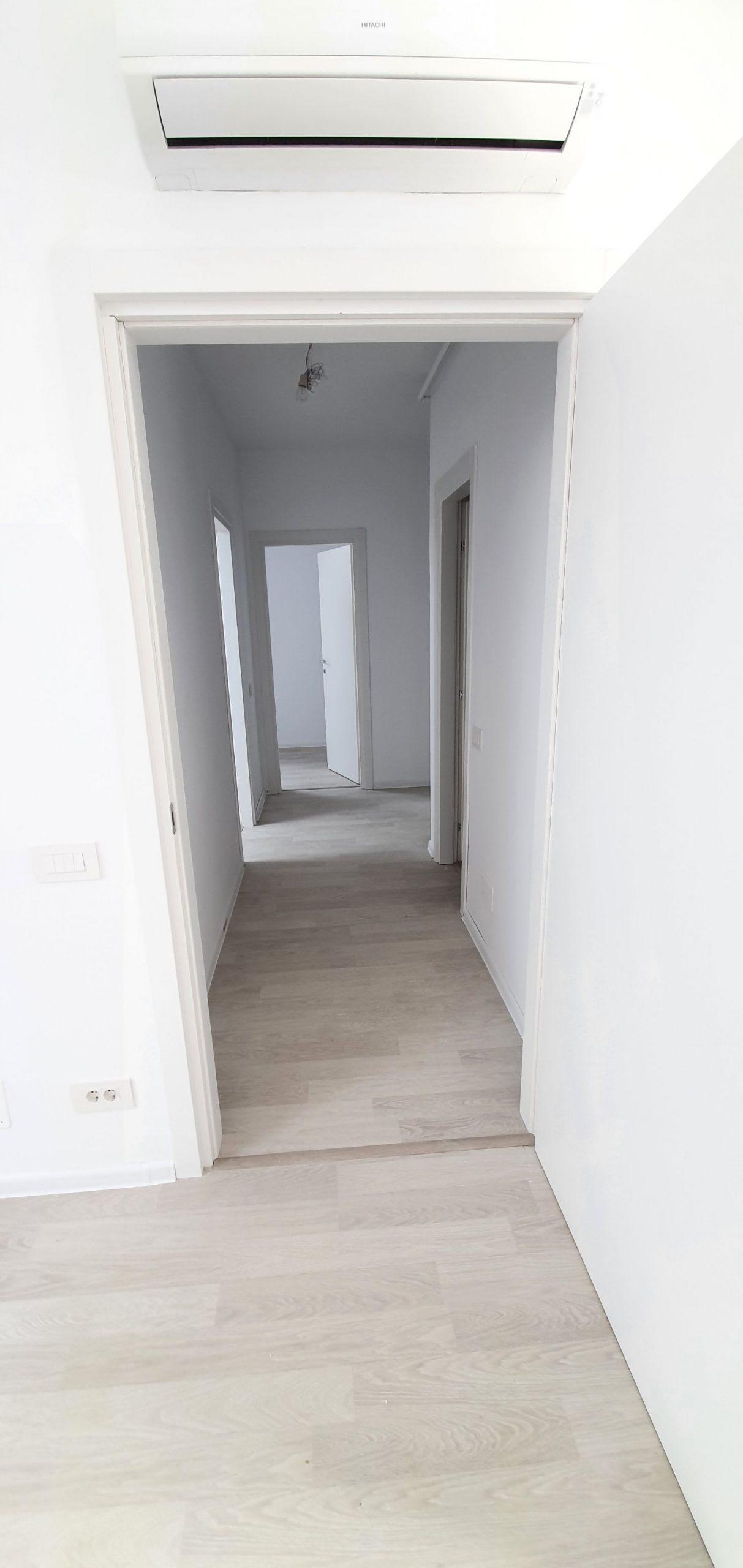 Bloc 2 - Mansarda - Apartament 16 - Hol