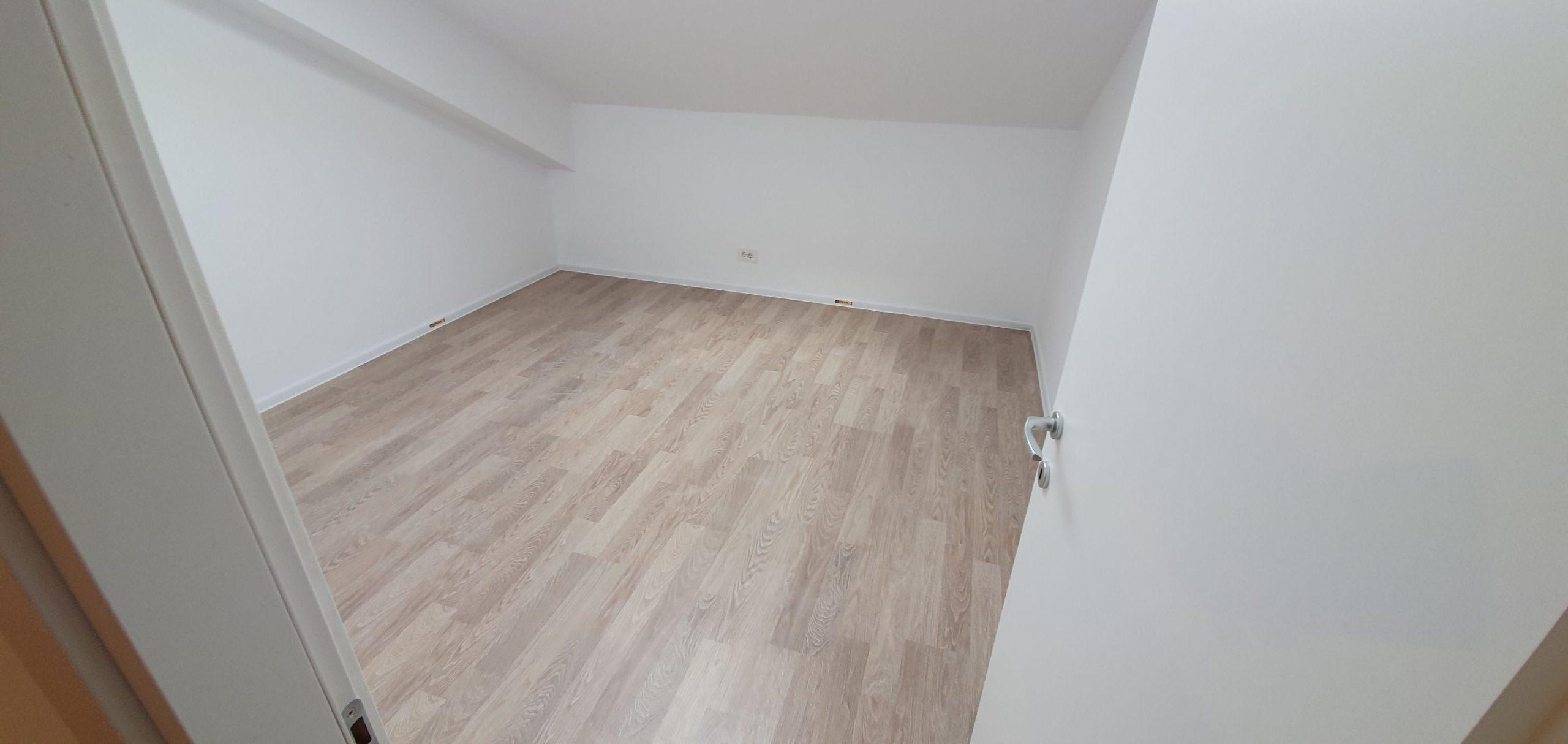 Bloc 2 - Mansarda - Apartament 19 - Dormitor