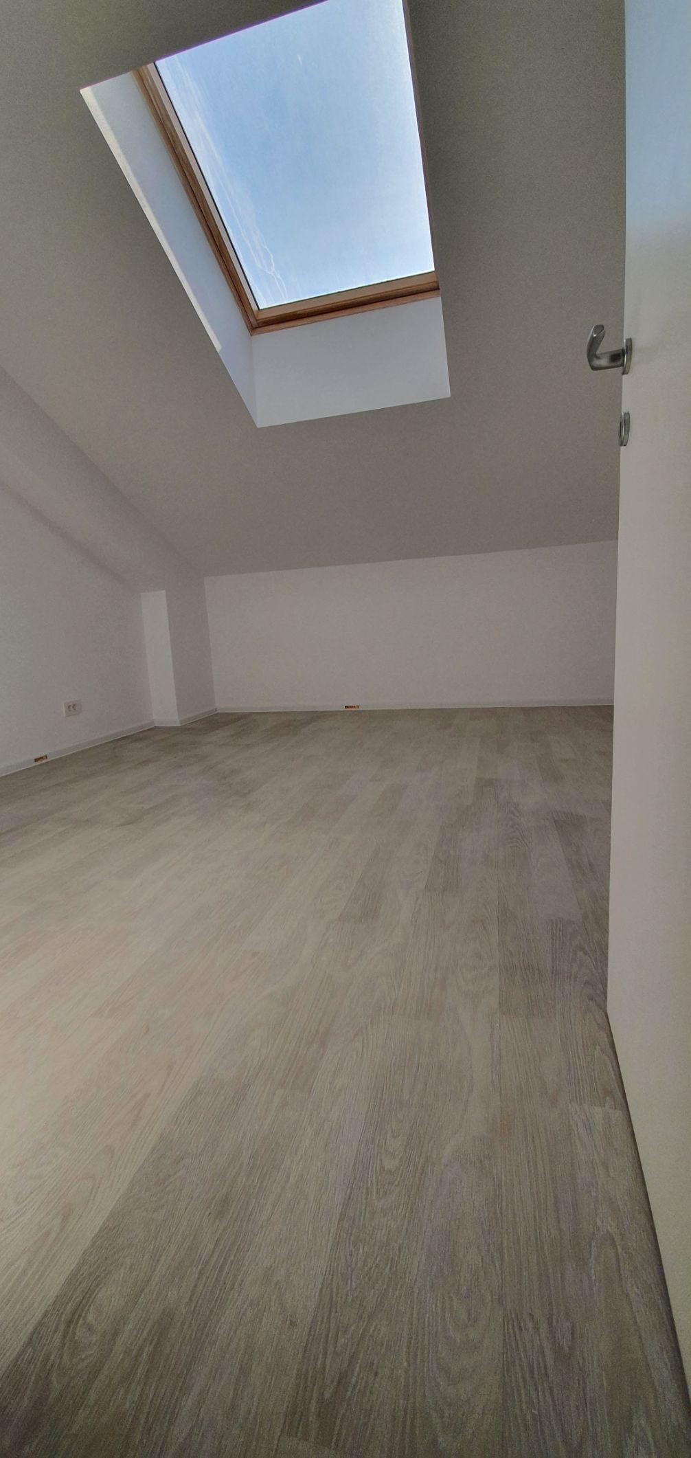 Bloc 1 - Mansarda - Apartament 21 - Dormitor